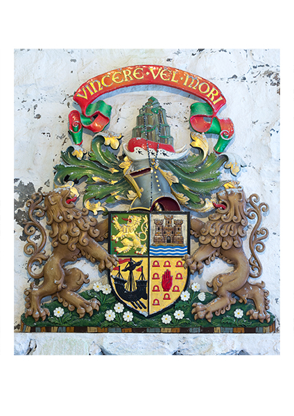 MacNeils' coat of arms, Barra